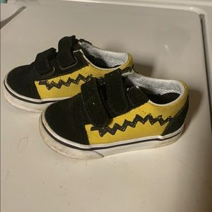 Vans Peanuts shoes for little one
